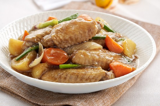 Braised Chicken Wings with Potatoes Recipe | Sadia Singapore