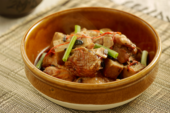 Steamed Chicken with Black Bean & Yam Recipe | Sadia Singapore